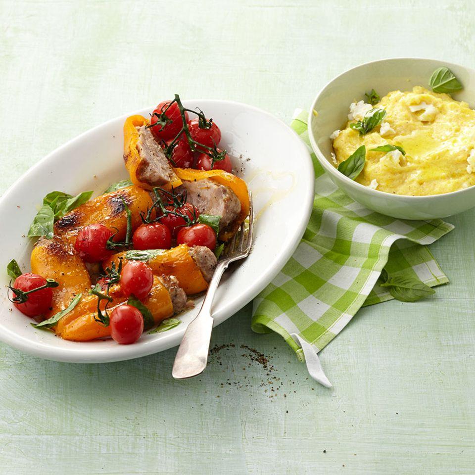 Gefüllte Mini-Paprika mit Salsiccia