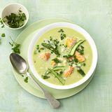 Grüne Spargel-Cremesuppe mit Lachs