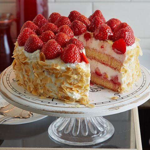 Torten mit Erdbeeren