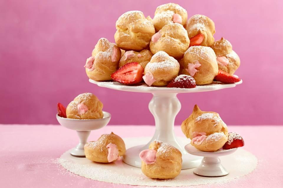 Profiteroles mit Erdbeersahne Rezept