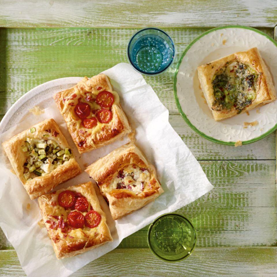 Blätterteigteilchen mit Zucchini