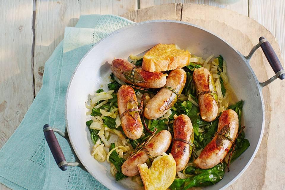 Salsiccia mit Mangold und Senfzwiebeln Rezept