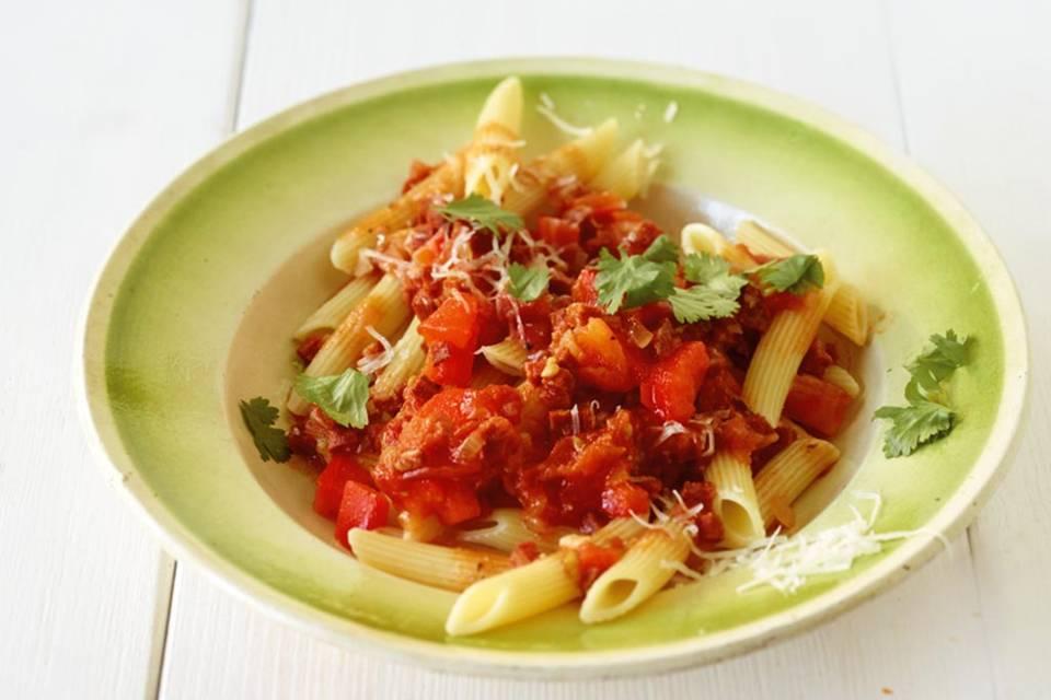 Paprika-Tomaten-Pasta Rezept