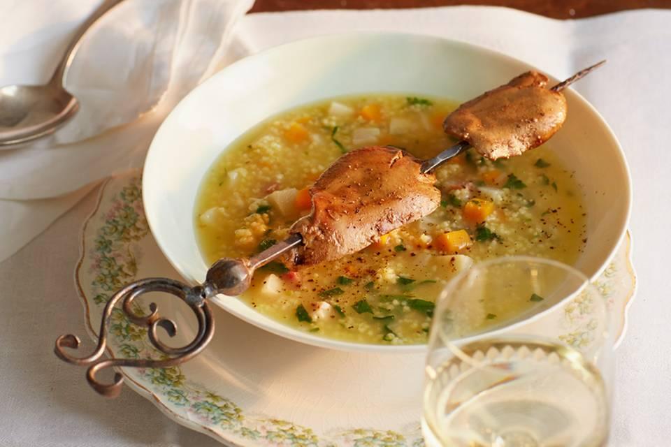 Hirsesuppe und gebratene Geflügelleber Rezept