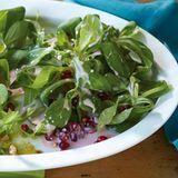Feldsalat mit Joghurt-Granatapfel-Dressing