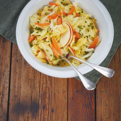 Apfel-Chinakohl-Salat