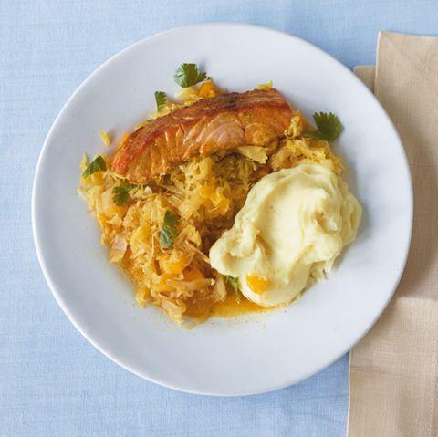 Lachs mit Mango-Sauerkraut