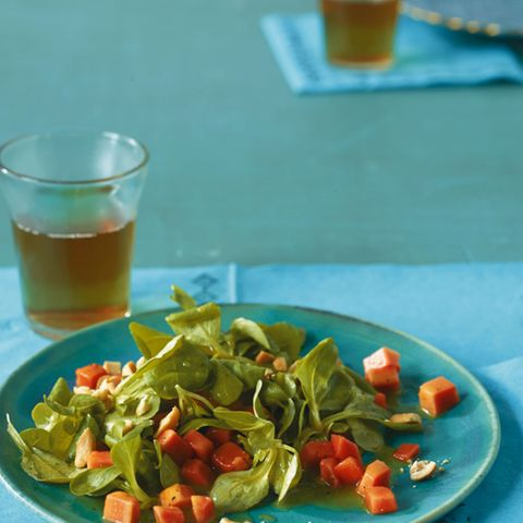 Feldsalat mit Papaya-Dressing