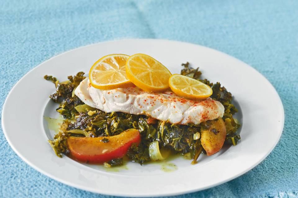 Seelachs auf Curry-Grünkohl Rezept