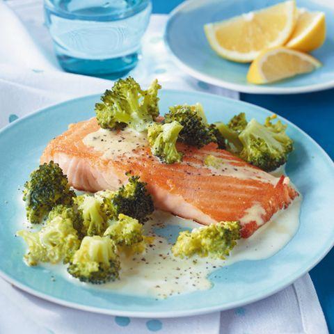 Lachs mit Brokkoli-Rahm