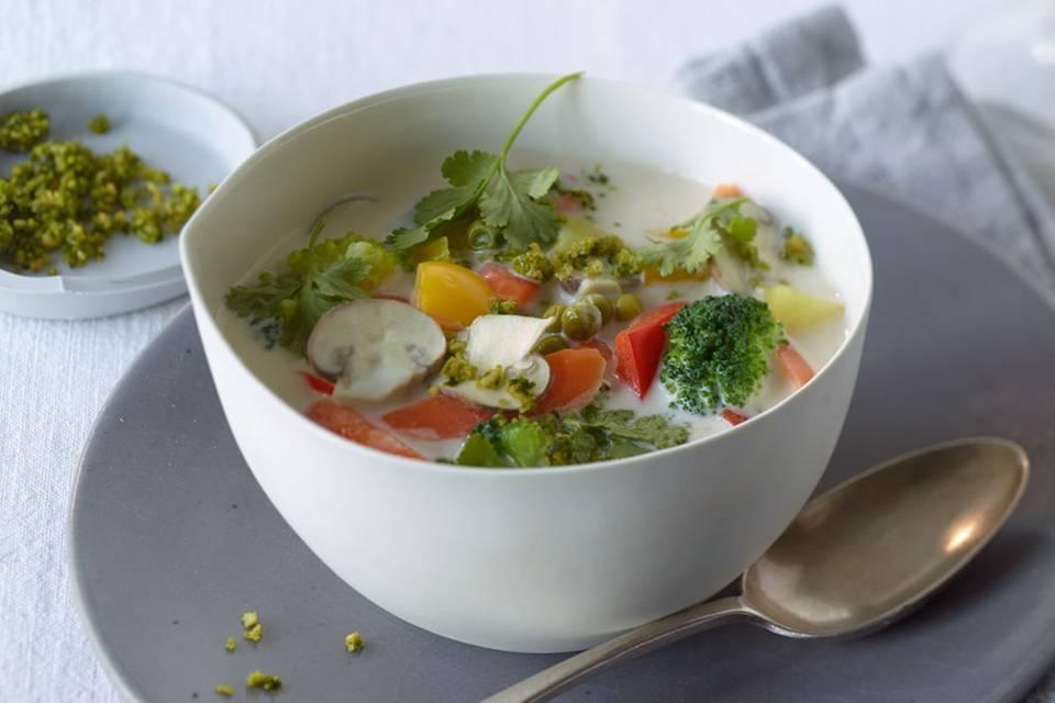 Gemüse-Kokos-Suppe Rezept