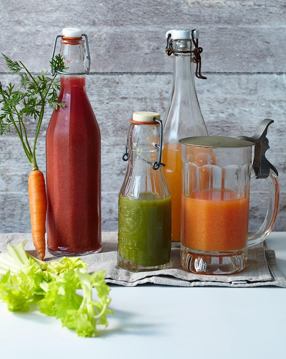 Beliebt während der Detox-Kur: frische Säfte aus Obst und Gemüse