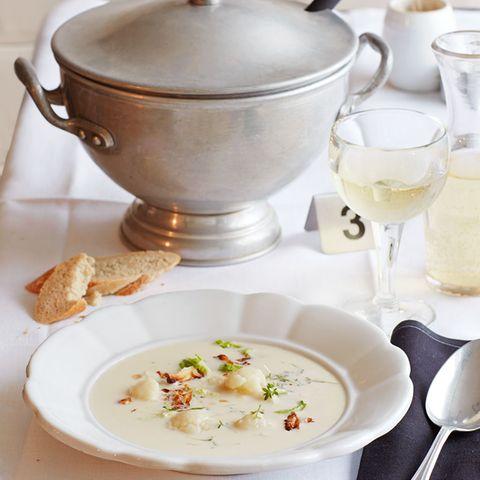 Crème Dubarry (Blumenkohlsuppe)