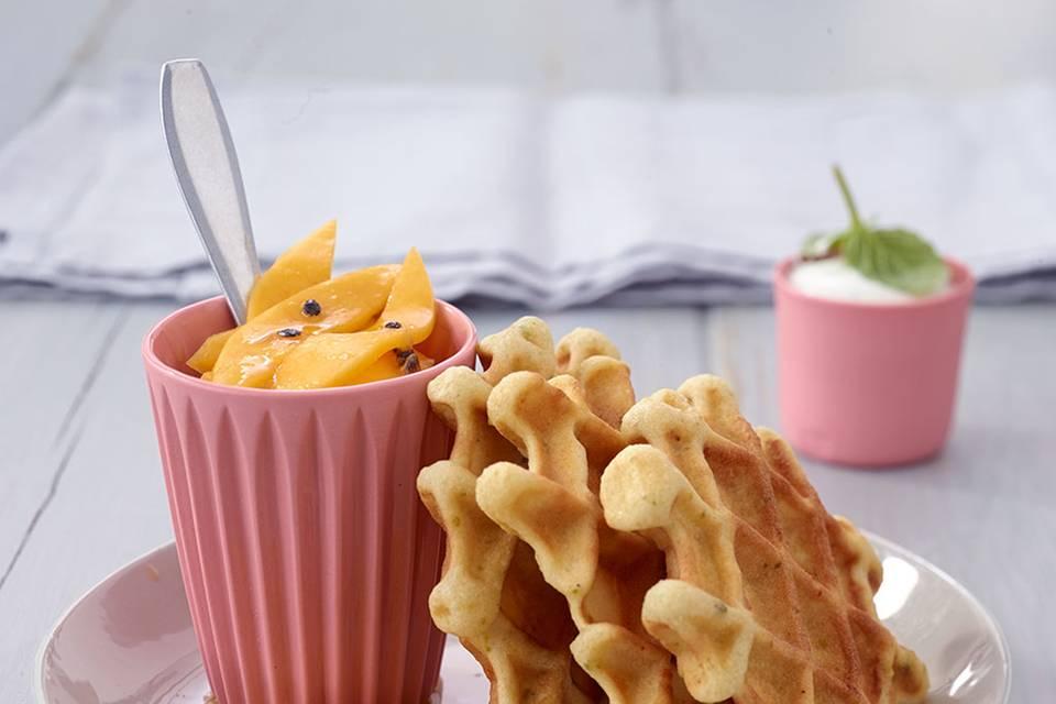 Chai-Waffeln mit Mangosalat Rezept