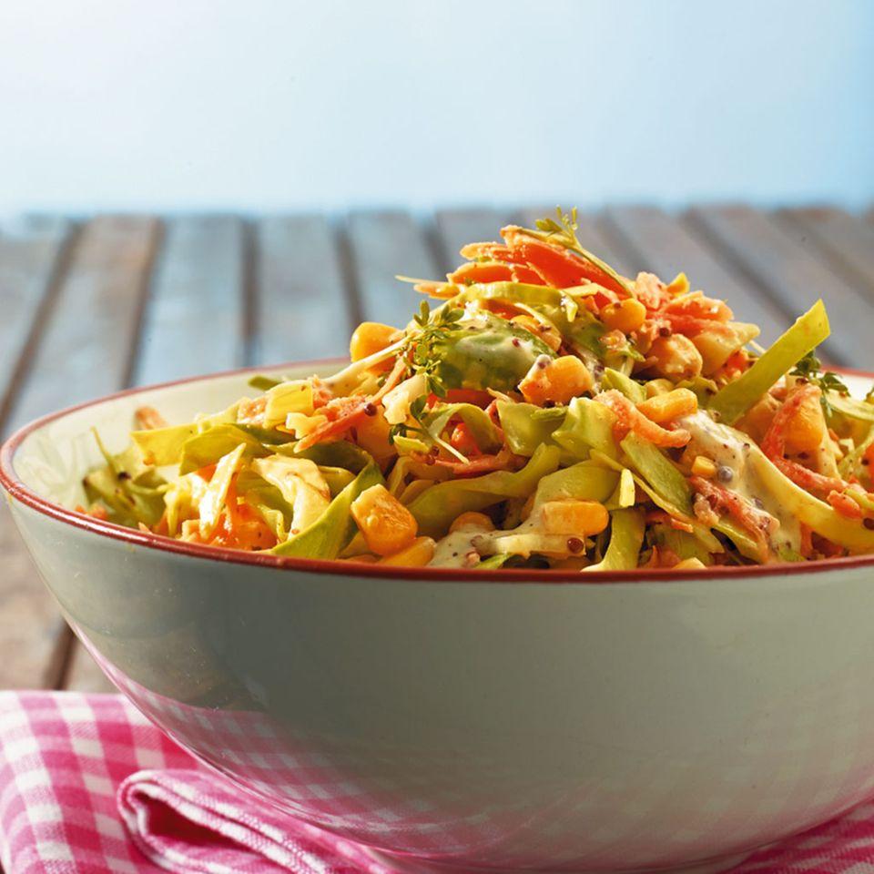 Spitzkohlsalat mit Mais