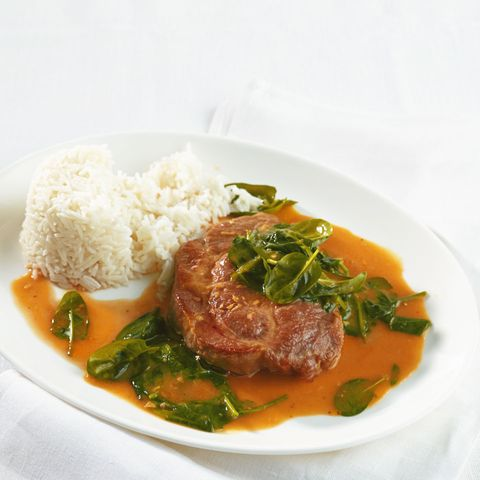 Curry-Steak mit Spinat
