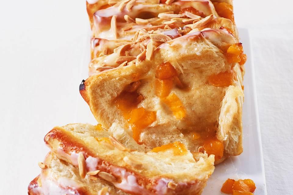 Aprikosen-Schichtkuchen Rezept