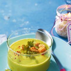 Kalte Erbsen-Avocado-Suppe