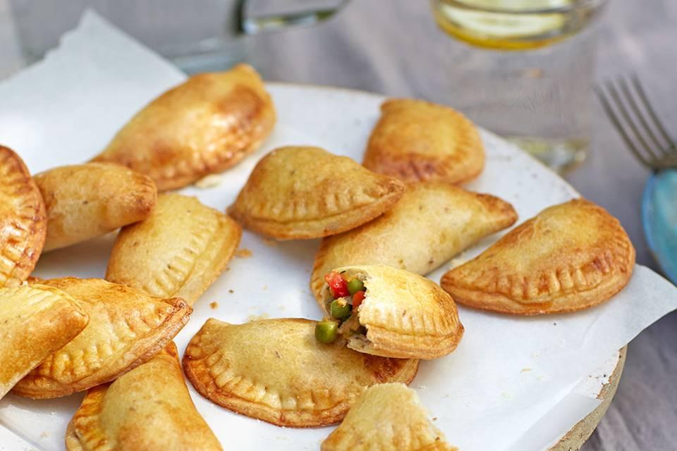 Empanadillas mit Erbsen-Minz-Füllung Rezept