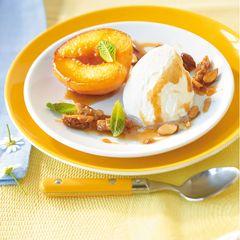 Gebackene Pfirsichhälften