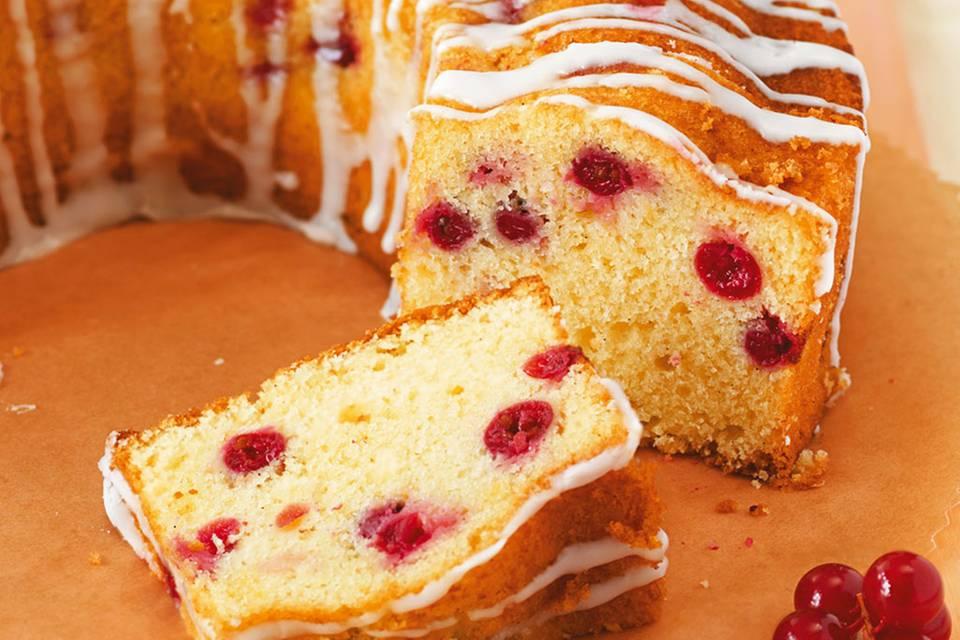 Zitronen-Johannisbeer-Kuchen Rezept