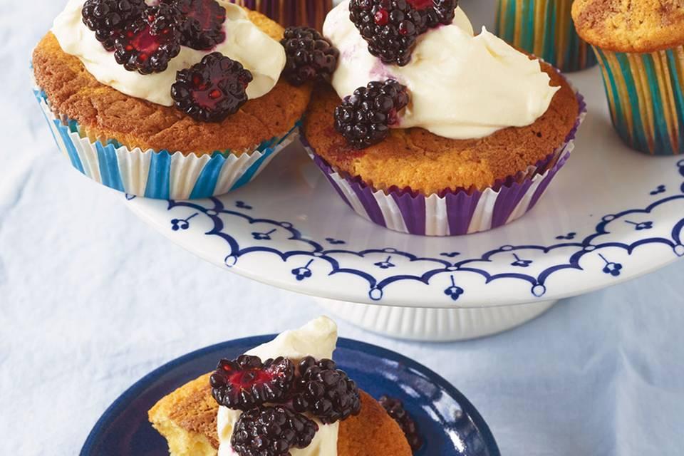 Marmor-Brombeer-Cupcakes Rezept