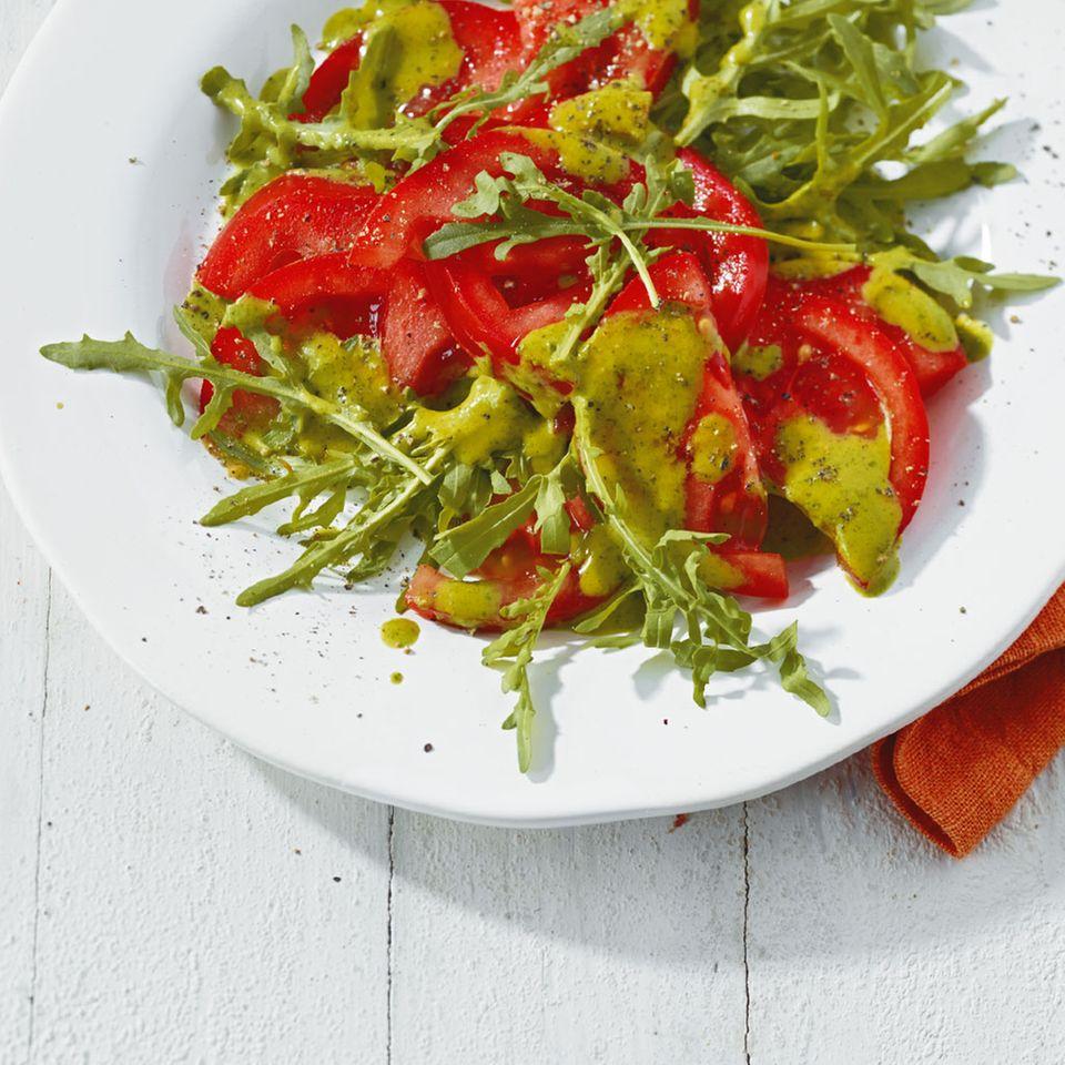 Tomatensalat mit Rauke-Vinaigrette