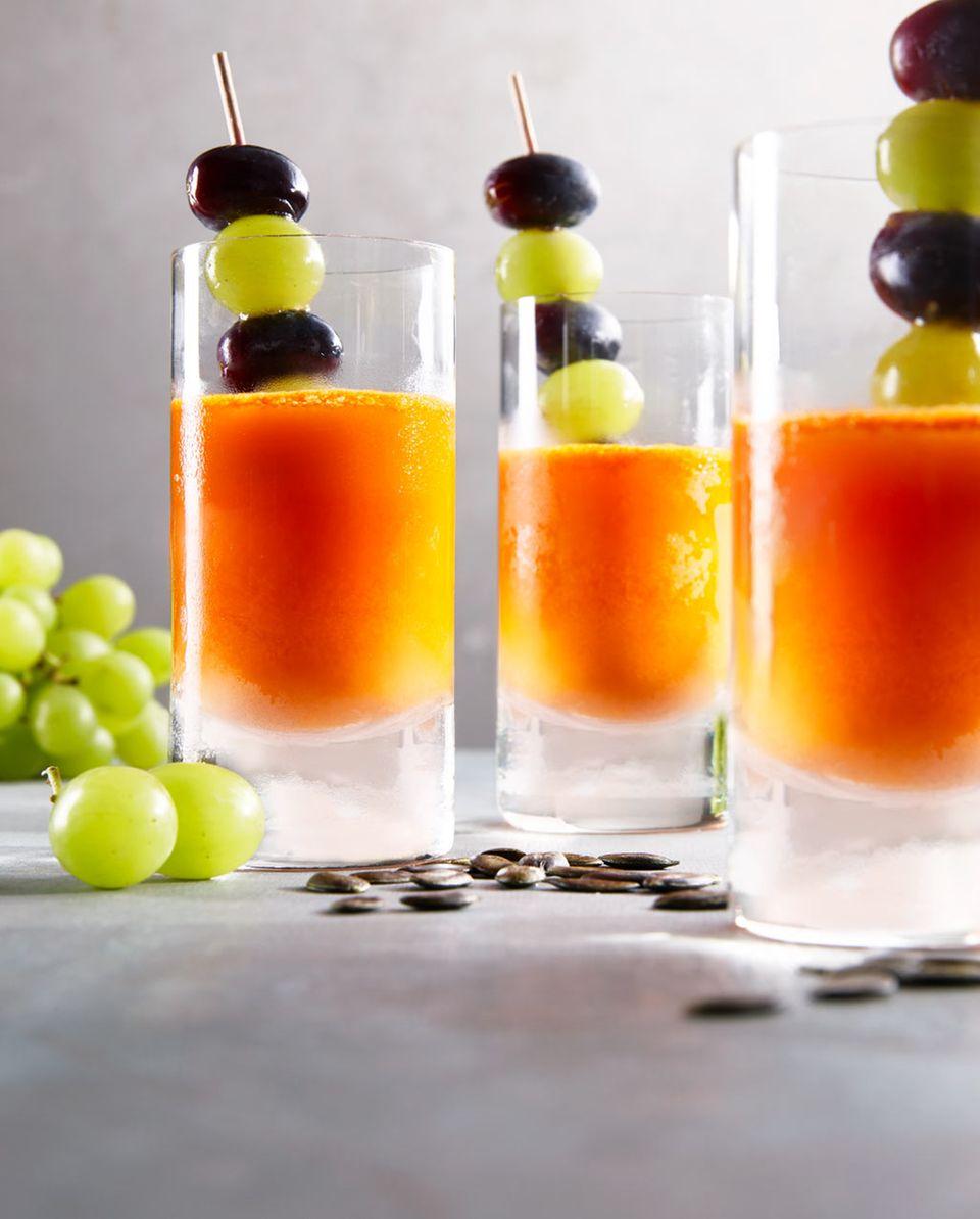 Frisch und knackig: Trauben schmecken toll als Snack zwischen durch, z.B. in einem Kürbissaft mit Ingwer