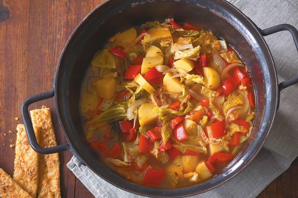 Wirsing-Paprika-Eintopf Rezept