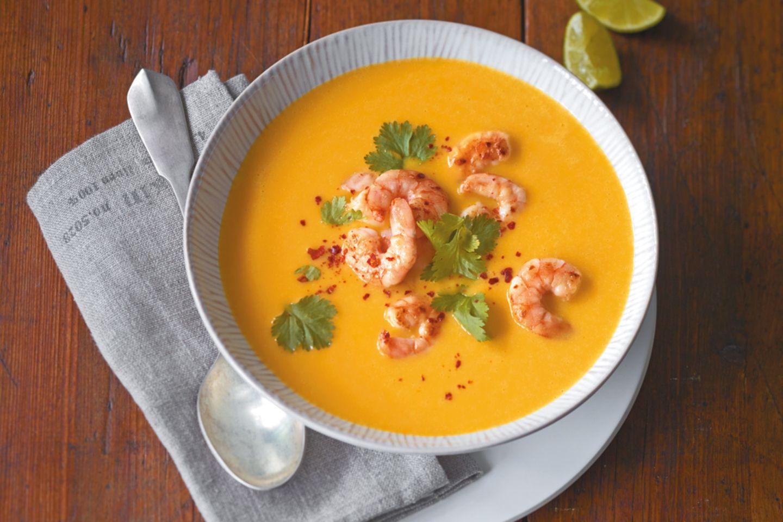 Kürbis Kokos Suppe mit Garnelen Rezept