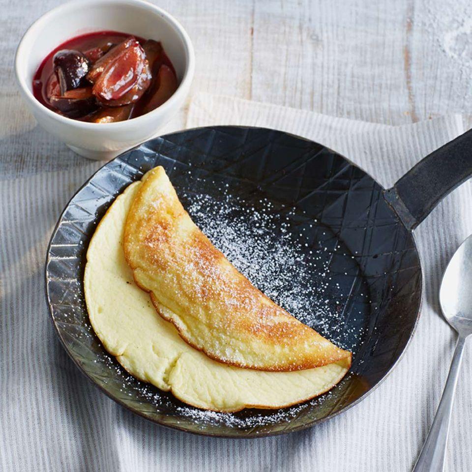 Quark-Omelette mit Zwetschgen