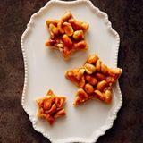 Erdnuss-Karamell-Sterne