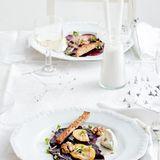 Rote-Bete-Salat mit Salzzitrone und Käse-Mousse