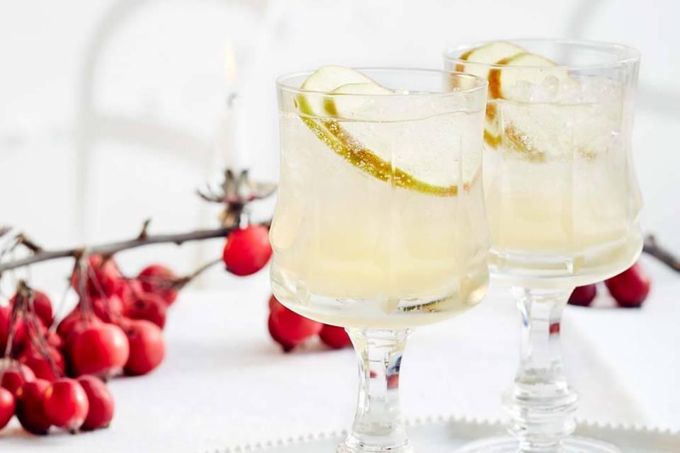 Holunder-Fizz mit Apfel Rezept