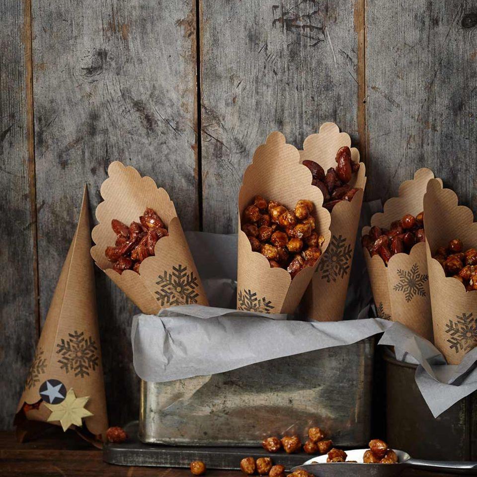Gebrannte Lebkuchen-Chili-Mandeln