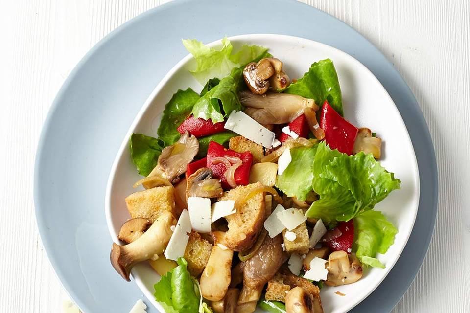 Pilz-Brot-Salat mit Endivie Rezept