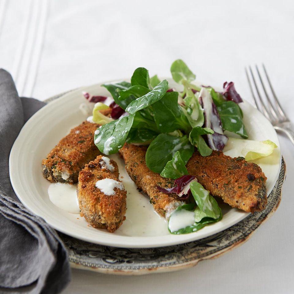 Gebackener Sauerbraten mit Salat