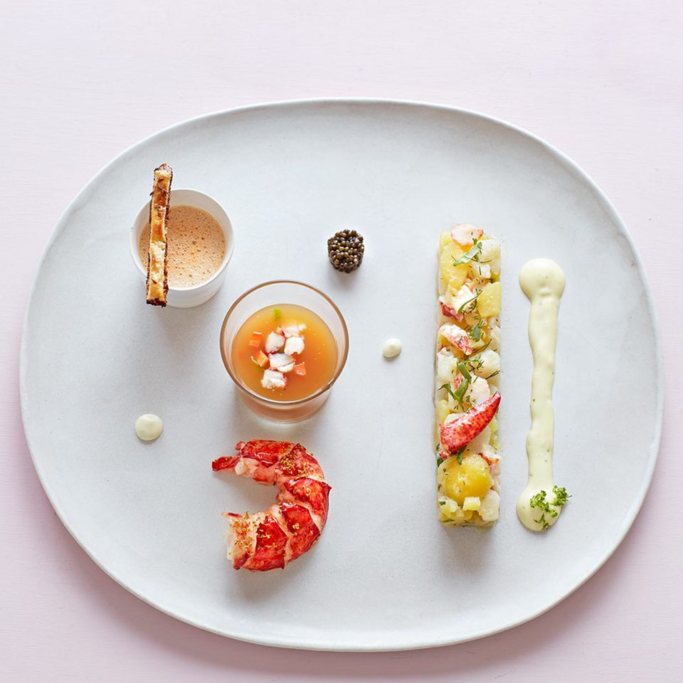 Topinambur-Kartoffel-Salat mit Hummer