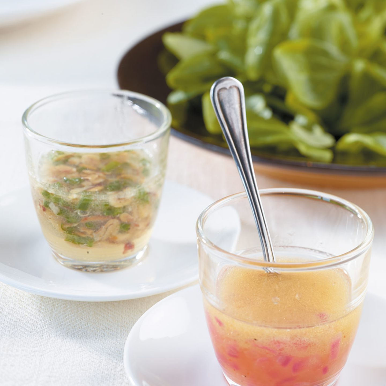 Feldsalat mit Orangen-Zwiebel-Vinaigrette