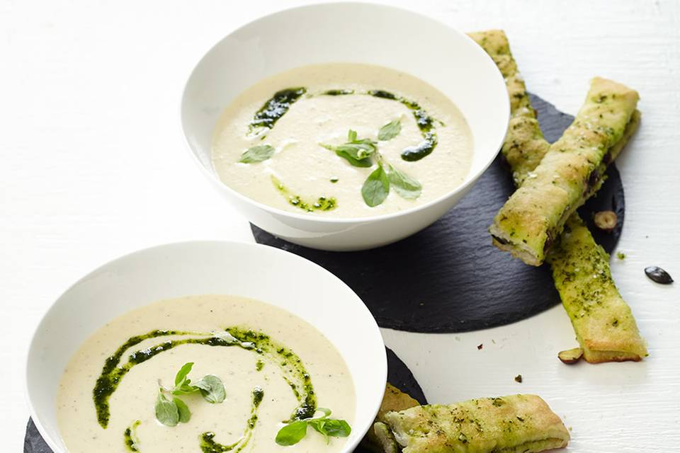 Sellerie-Rahm-Suppe mit Focaccia Rezept