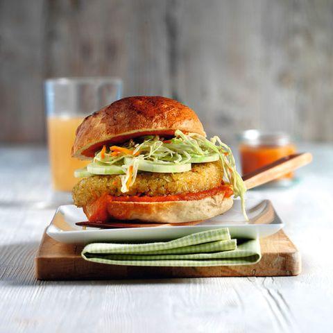 Veggie-Burger mit Spitzkohl