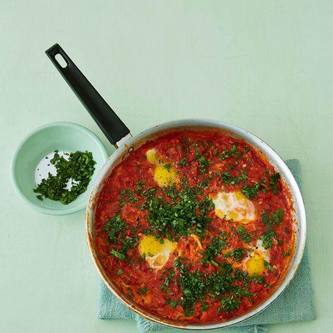 Shakshuka (Pochierte Eier in Tomatensauce)