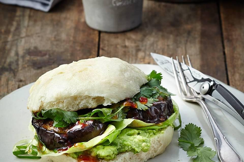Veggie-Burger mit Aubergine Rezept