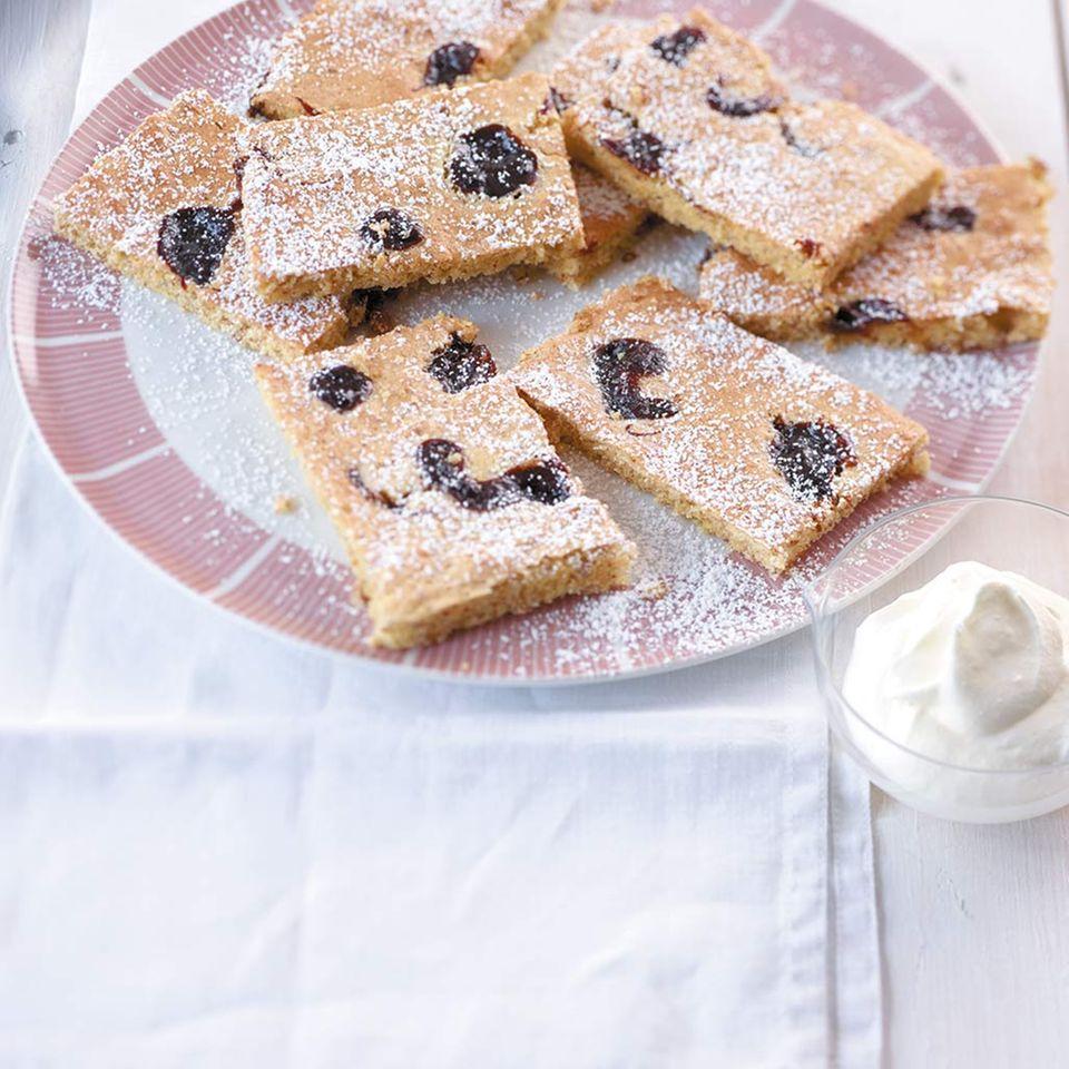 Pflaumenmus-Mandelkuchen