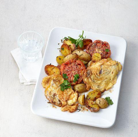 Parmesan-Hüftsteak mit Tomaten