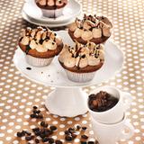 Schokoladen-Espresso-Cupcakes mit Schoko-Baiser und Orangennote