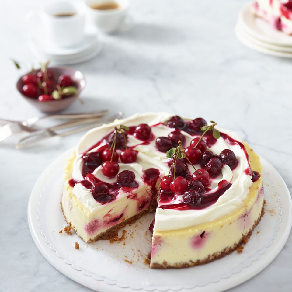 Cheesecake mit Kirschen