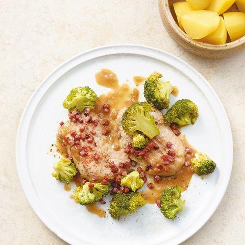Speckschnitzel mit Broccoli