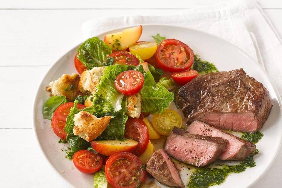 Tomaten-Nektarinen-Brot-Salat  Rezept