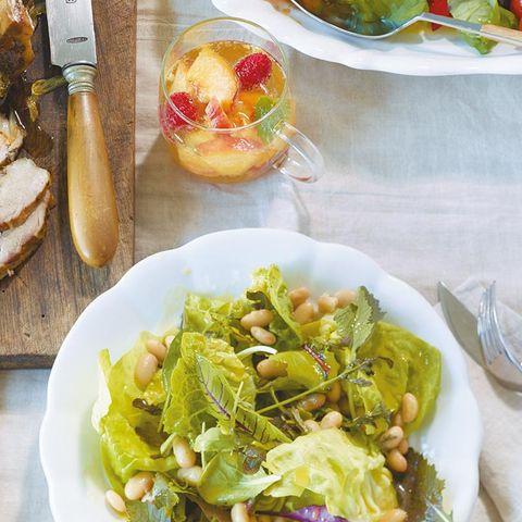 Grüner Salat mit Bohnen